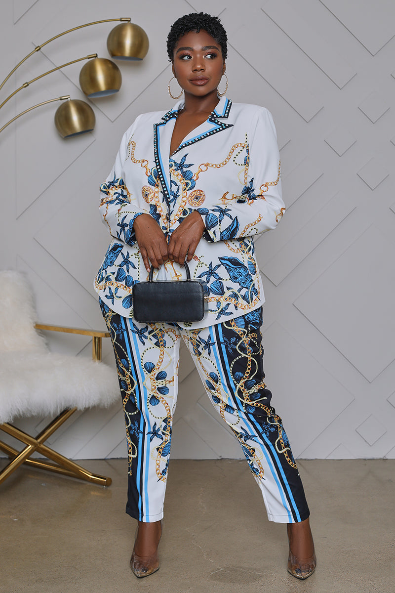 Curvy Sea Level Chain Print Suit