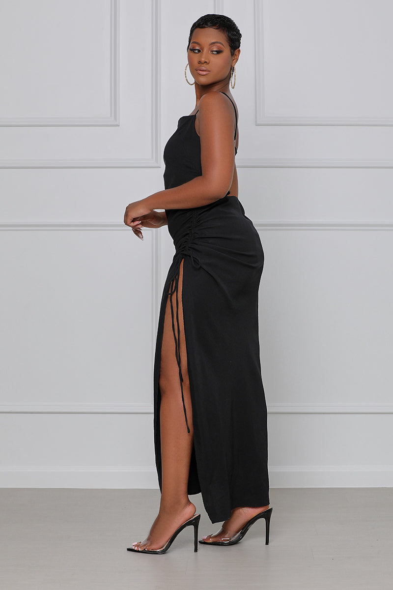 Ready and Ruched Midi Dress (Black)