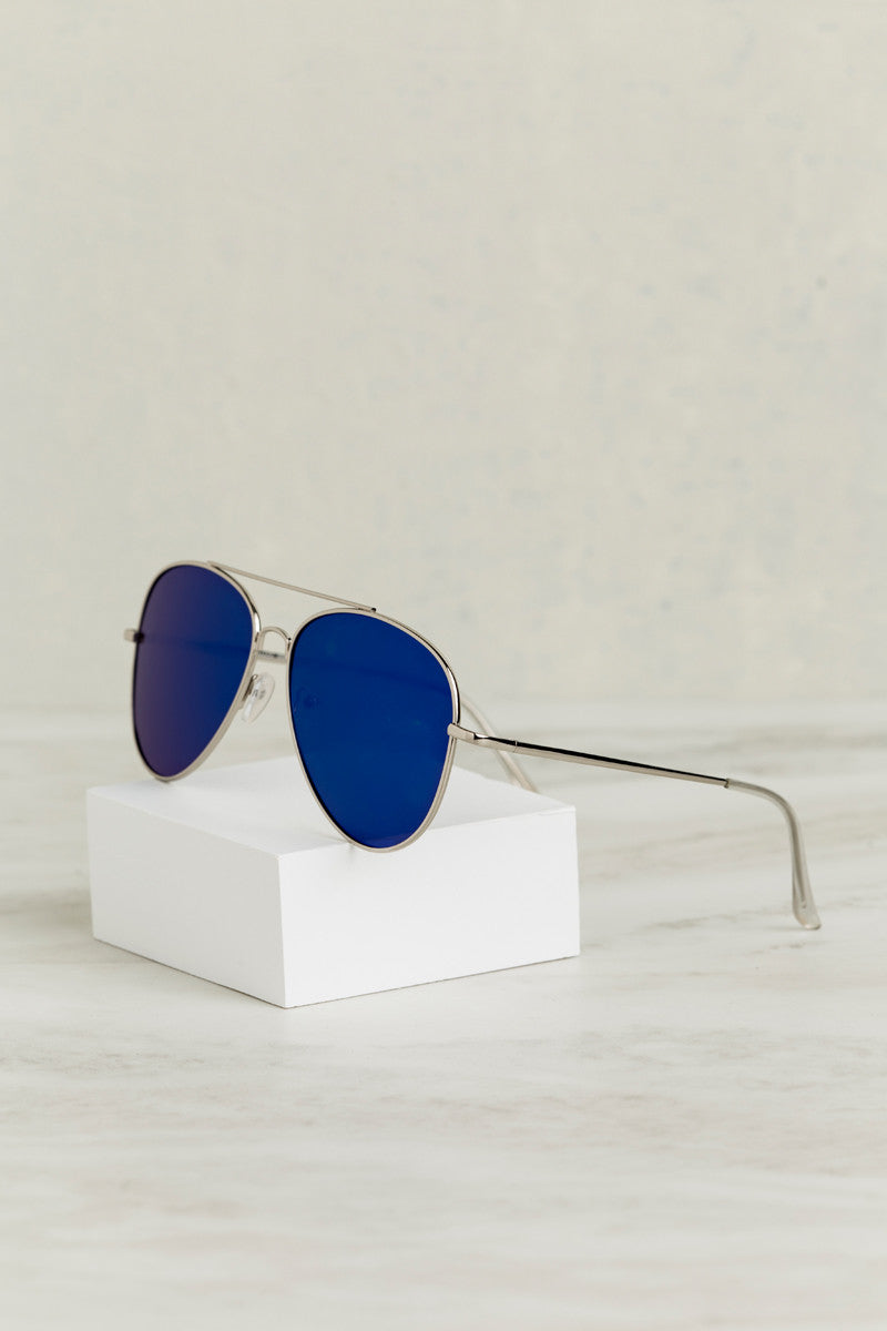 Mirror Mirror Aviator Sunglasses (Blue)