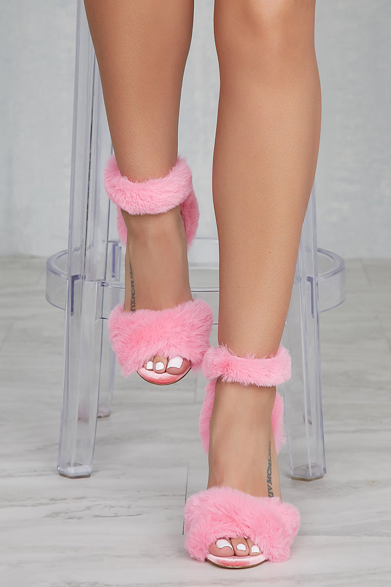 Privileged Devar Fur Heel (Pink)