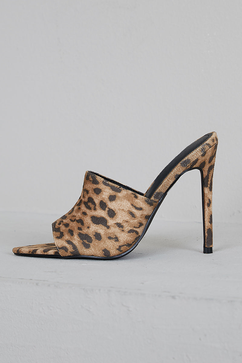 Jungle Pointed Toe Mule (Leopard)- FINAL SALE