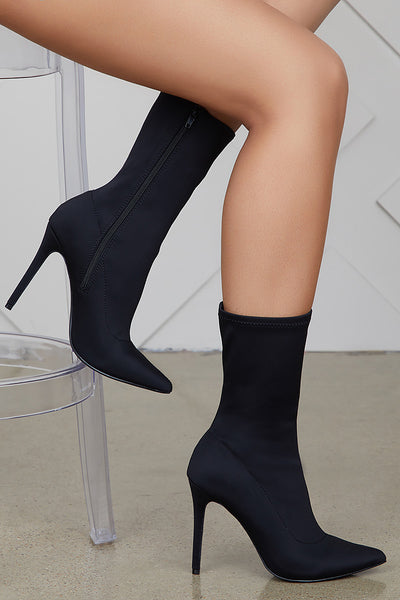 Maybel Booties (Black)
