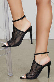 Ryanne Lace Heel (Black) - FINAL SALE