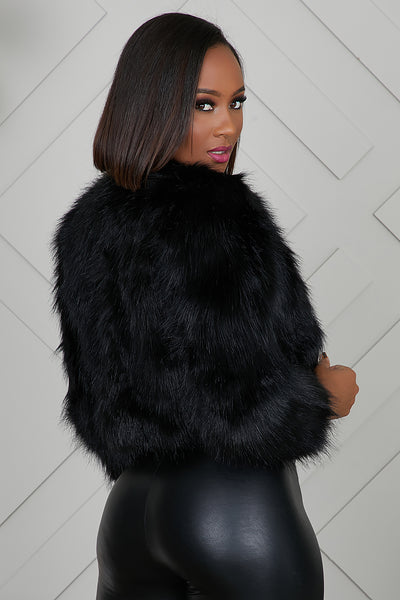 Michigan Crop Faux Fur Jacket (Black)