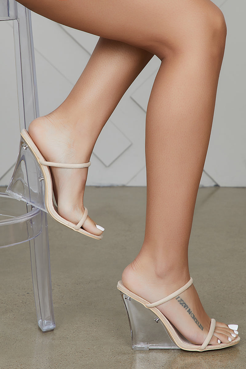 Static Clear Wedges (Nude)
