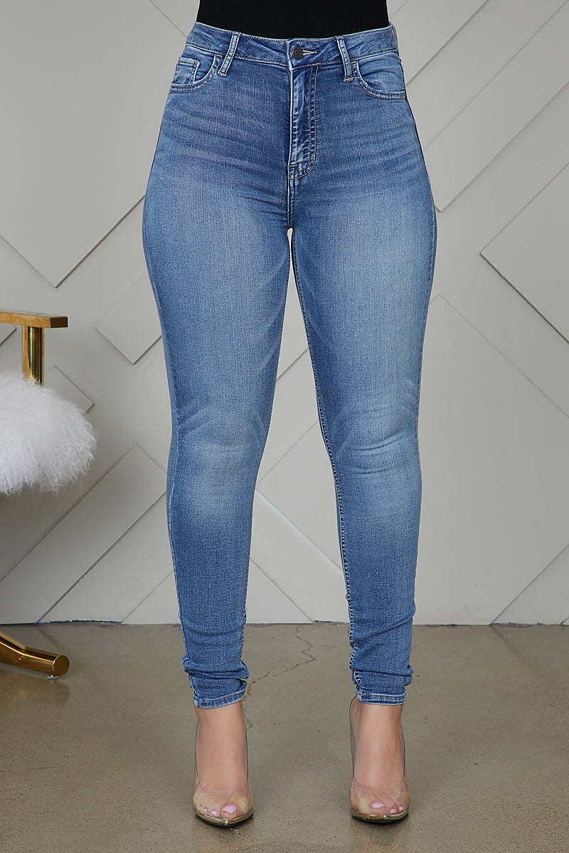 High Waist Skinny Leg Jeans (Medium Wash)