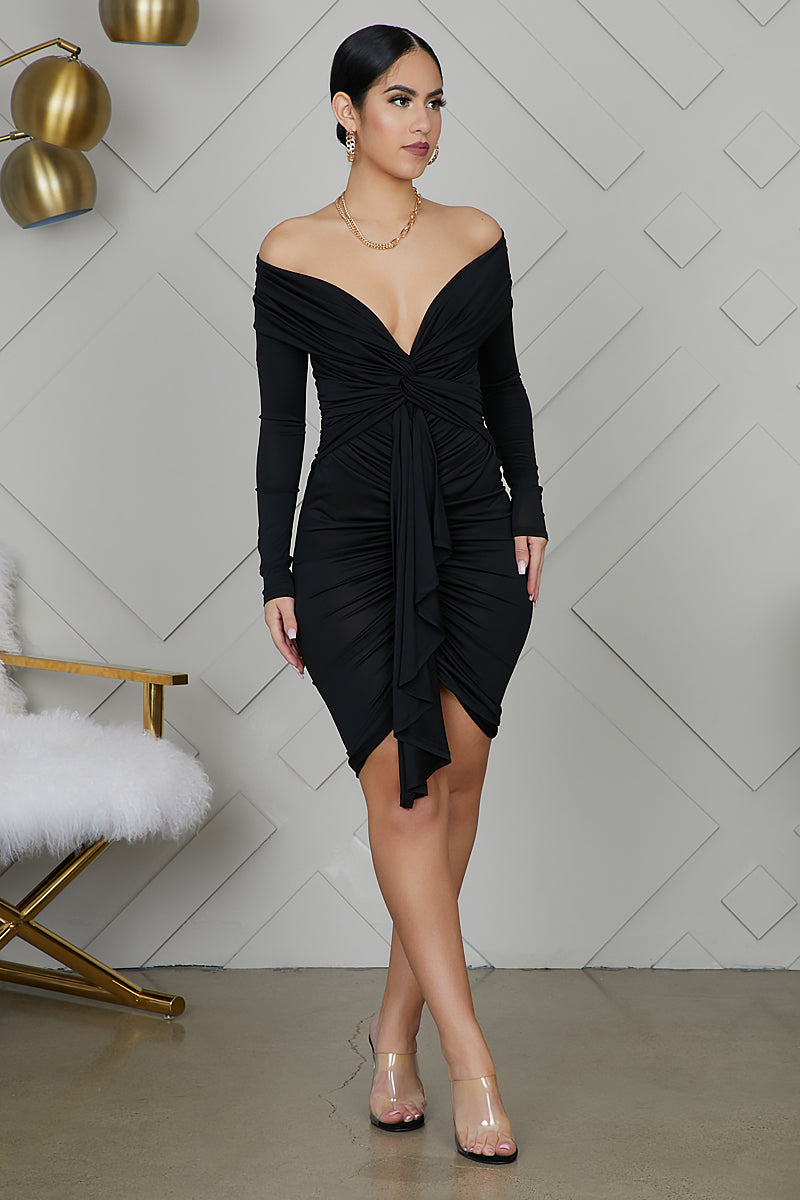 Date Night Ruched Dress (Black)