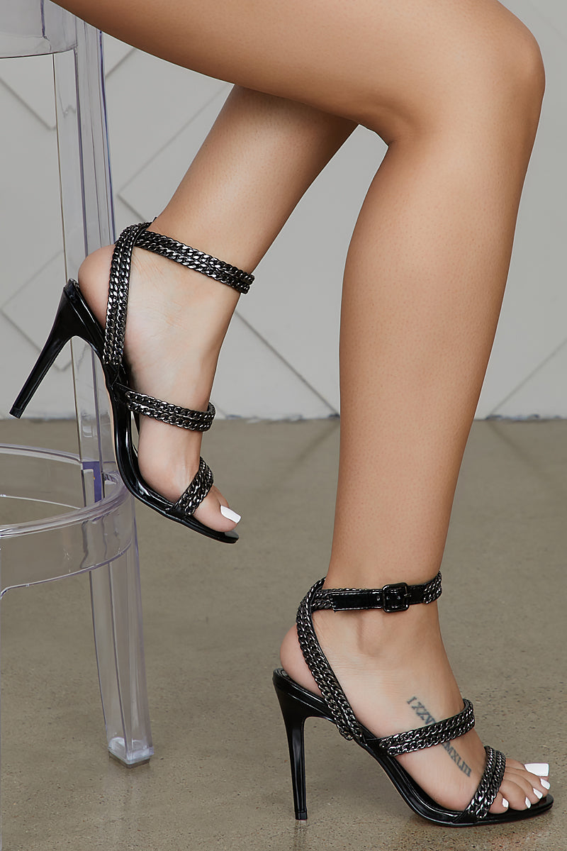 Chain Strap Heel (Black)