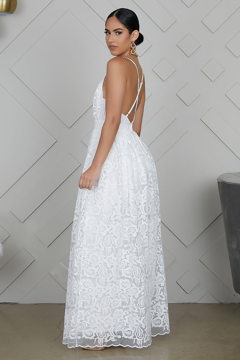 Embroidered Lace Maxi Dress (White)