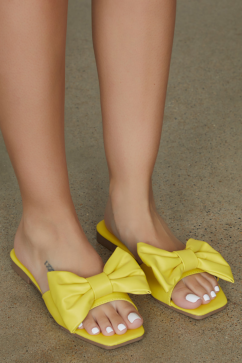 Bow Tie Slides (Yellow) - FINAL SALE
