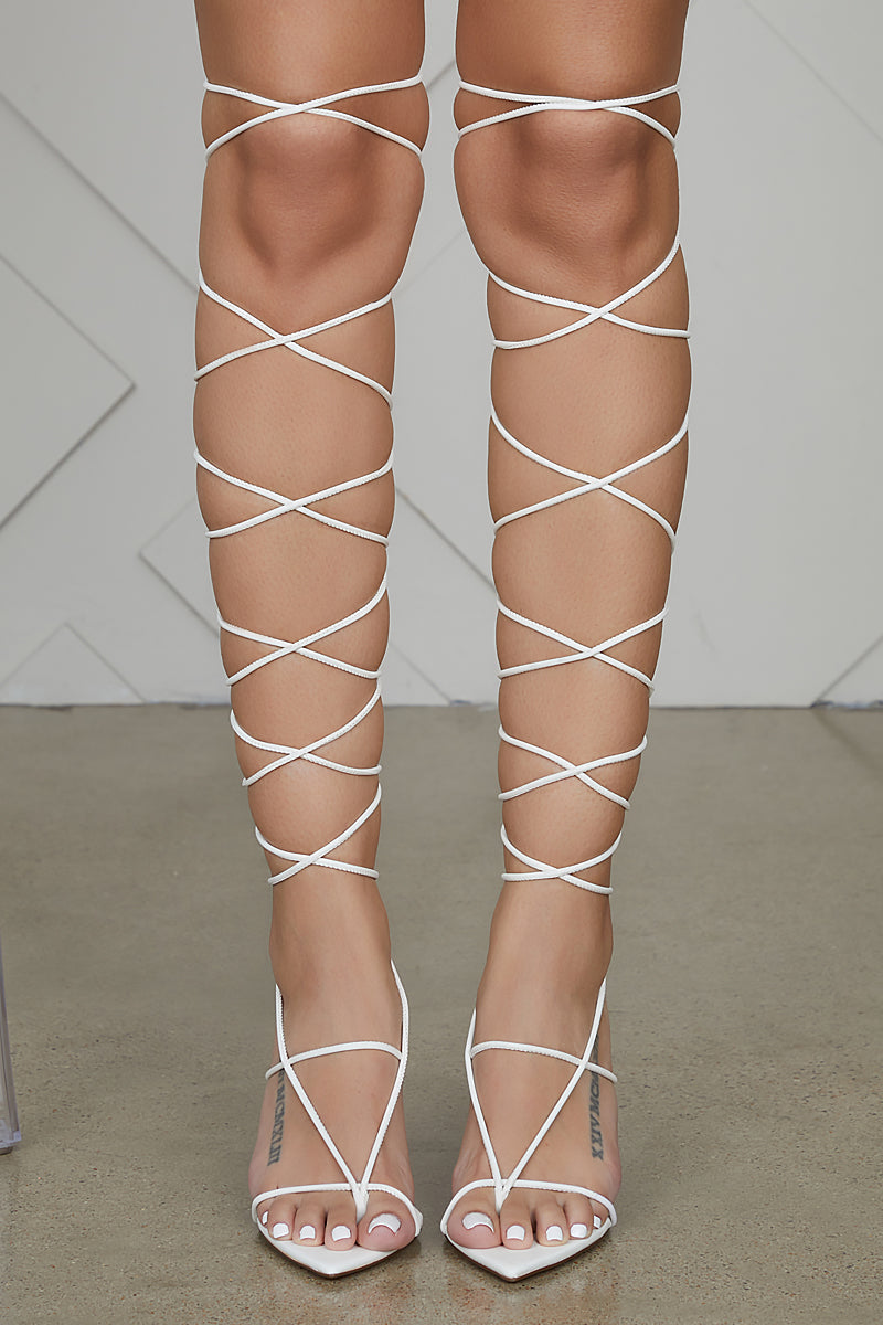 Pointed Toe Thong Lace Up Heel (White)