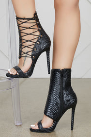 Firing Lace Up Bootie (Black)
