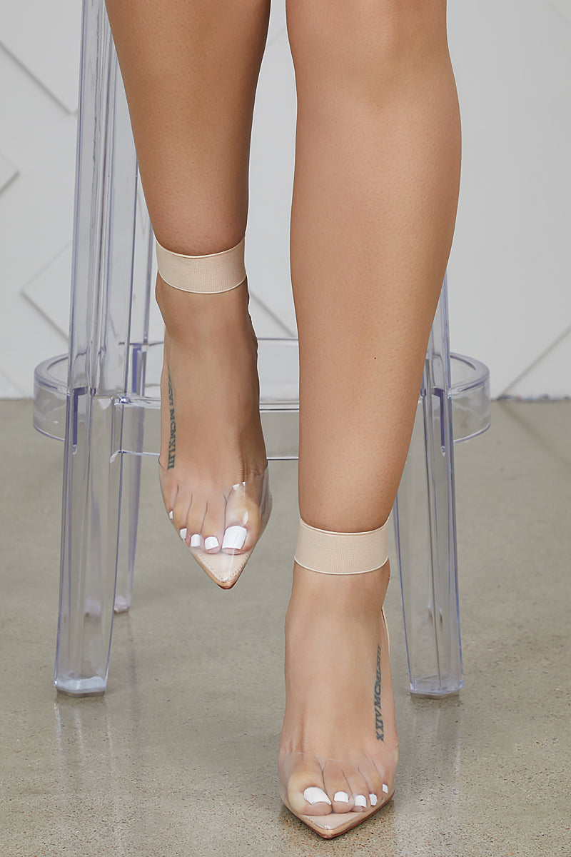 Sizzling Transparent Pumps