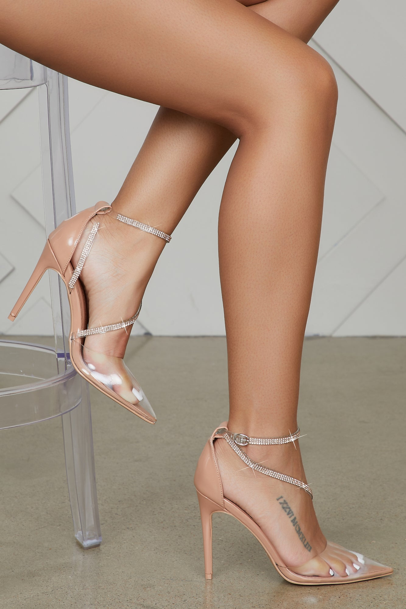Court Transparent Pumps (Nude)