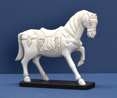 LONGFELLOW MINI HORSE DECOR
