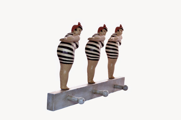 SYNCHRONIZED FAT LADIES WALL RACK