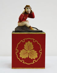 MONKEY ON SQ WDN BOX