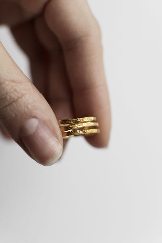 Moonstring Ring Gold