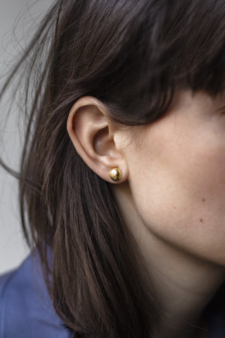 Moon Shell Stud gold