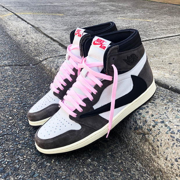 CLASSIC PINK FLAT LACES