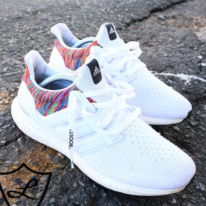 "WHITE ""BOOST"" FLAT SHOELACES"