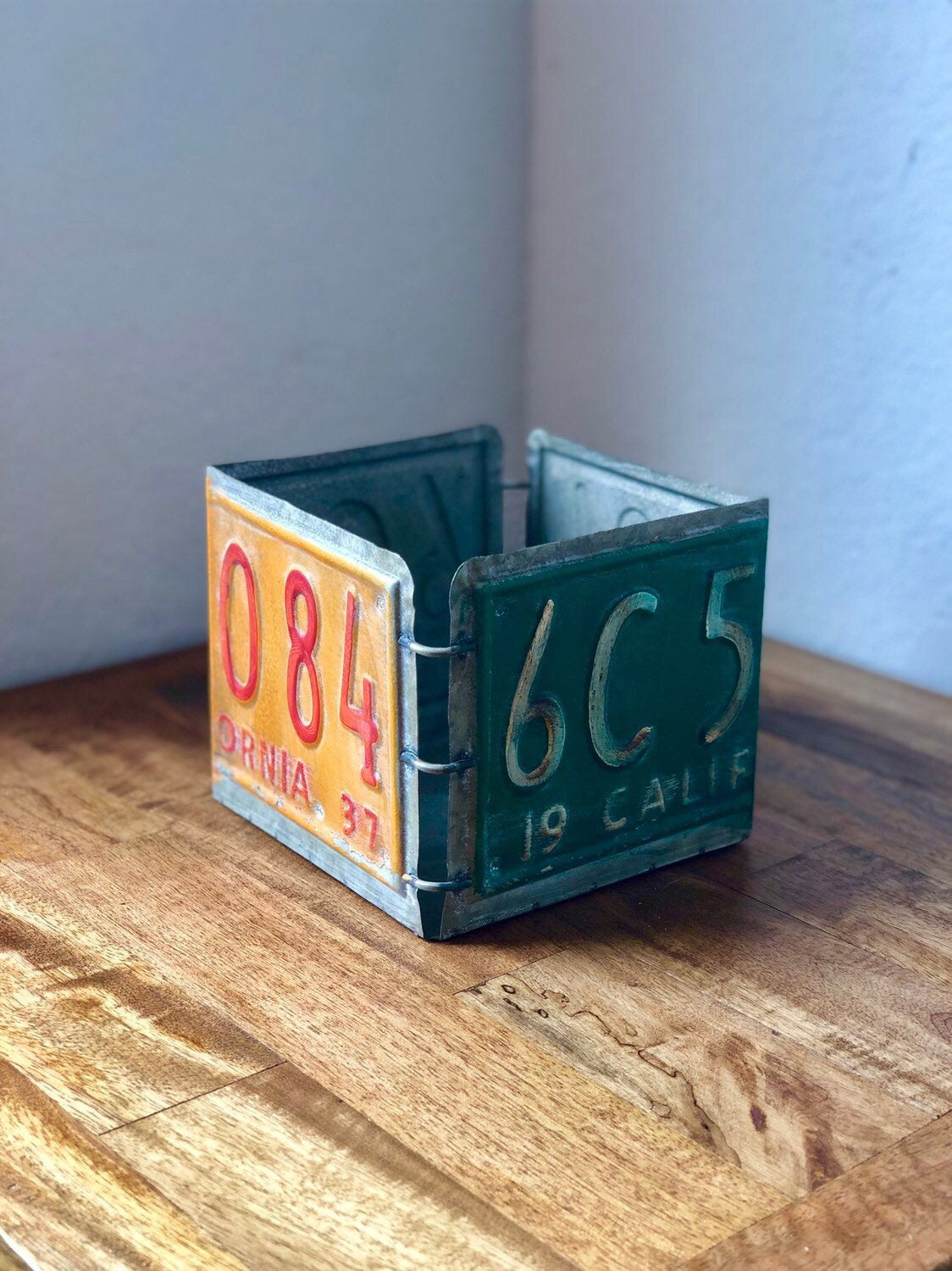 License Plate Box with Optional Wrapping Kit