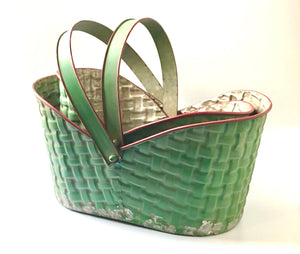 Vintage Style Christmas Basket With Handle ~ Large