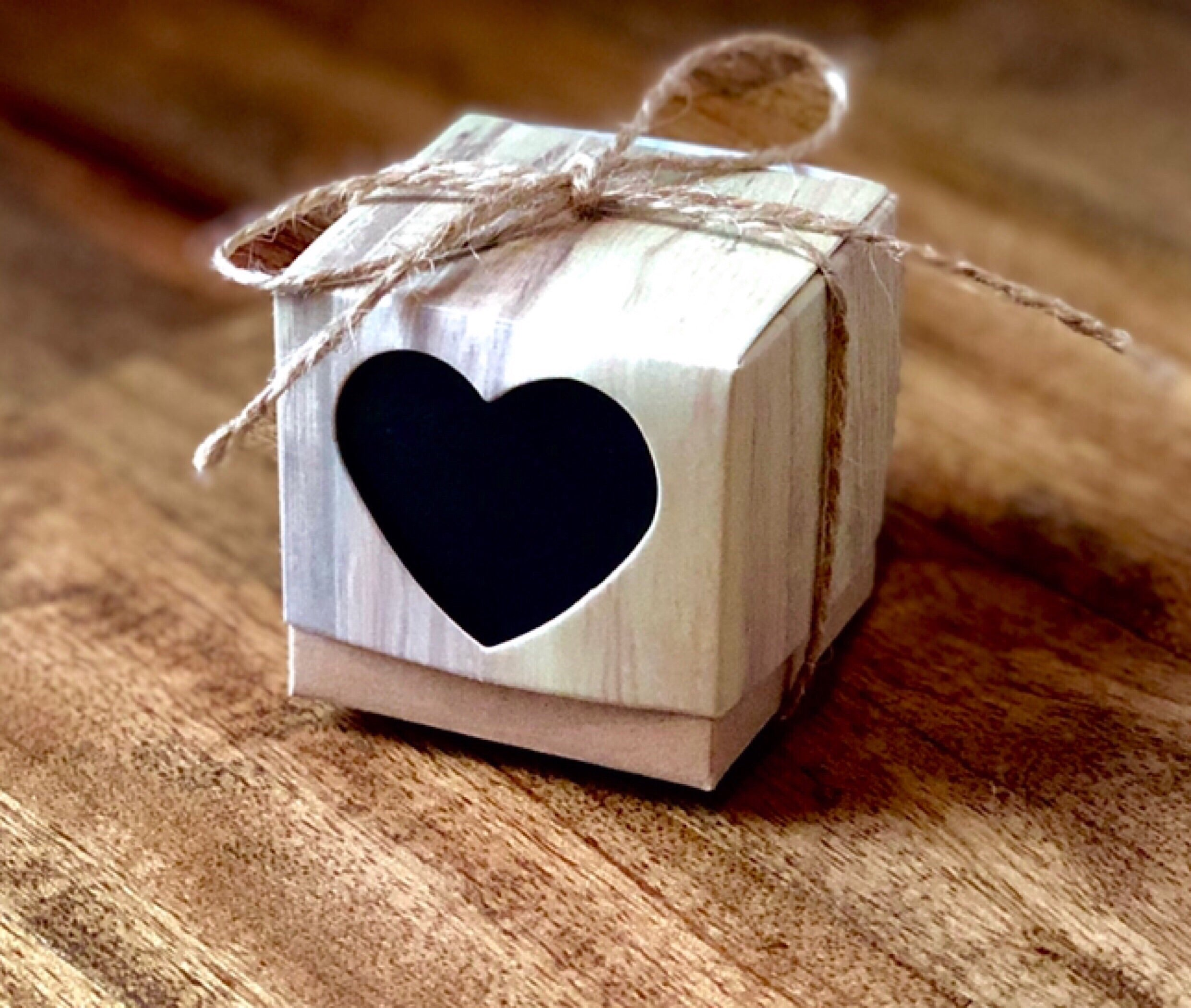 Favor Boxes with Black Heart ~ 2""