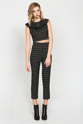 "img src=""Harlyn-Label-Plaid-Peg-Leg-Joelle-Trouser-Pant-Fall-2014.jpg"" alt=""Harlyn Label Plaid Peg Leg Joelle Trouser Pant"""