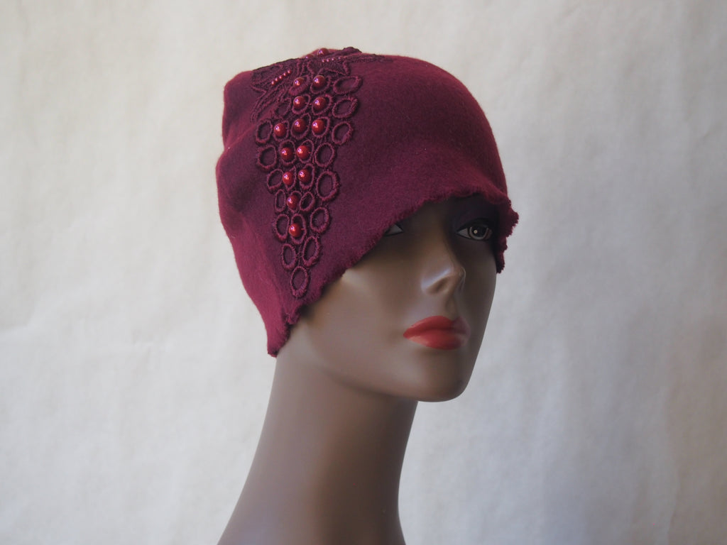Cranberries Galore Burgundy Fitted Cloche Skullcap Size Small By Maya Maroon Mayas Ideas