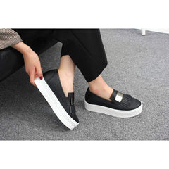 EpicStep Women's Casual Simple Thick Soles Tassel Slip On Shoes Fashion Sneakers