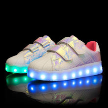 Load image into Gallery viewer, New Arrival Kids Light Up Led Shoes - Light Colorful