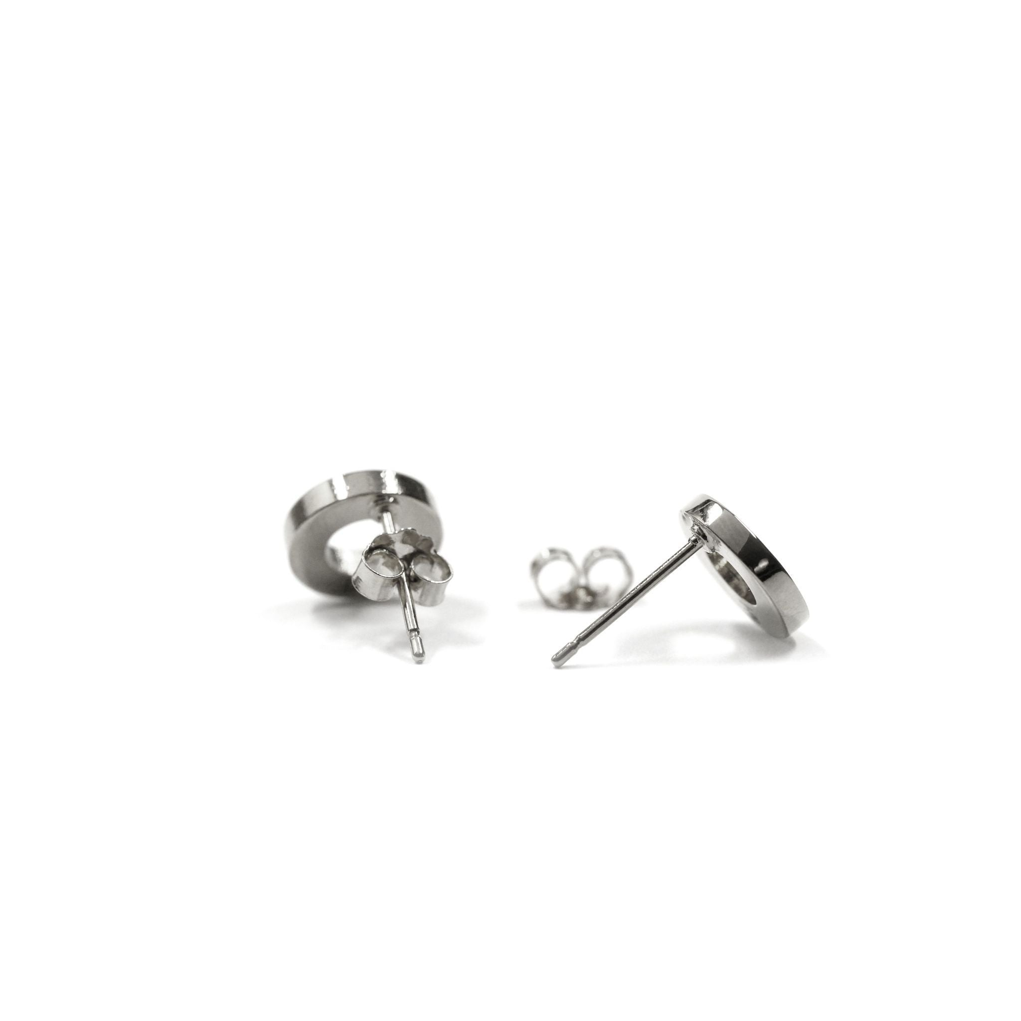 Fang Yuan Circle Earrings White Gold-Earrings-Everard & Wang