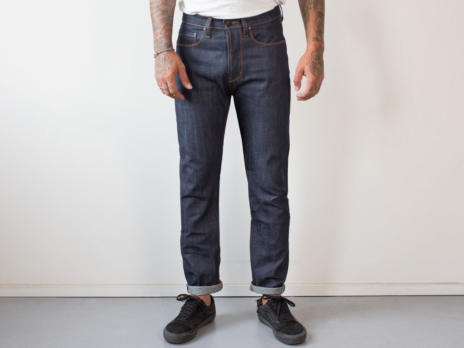 WOODLAND STRAIGHT. SELVEDGE JAPANESE INDIGO.