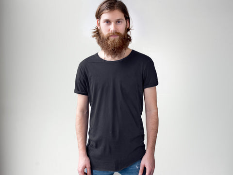 Nº A. Relaxed Neck, Raw Hem. BLACK.