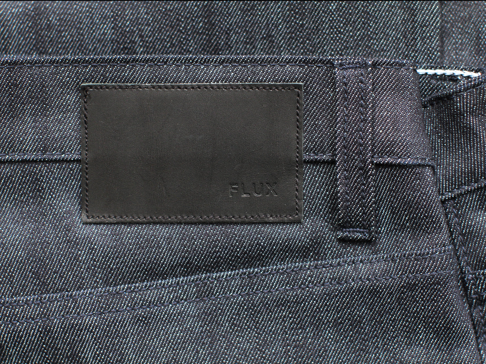 JAPANESE RAW. F N SKINNY. INDIGO THREAD
