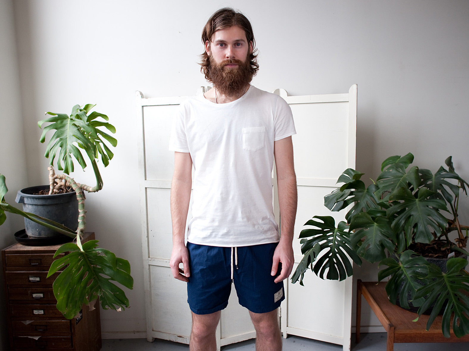 HIT THE CITY. EVERYDAY SHORTS. INDIGO.