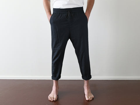 LAST RESORT. LOOSE COTTON PANT. BLACK