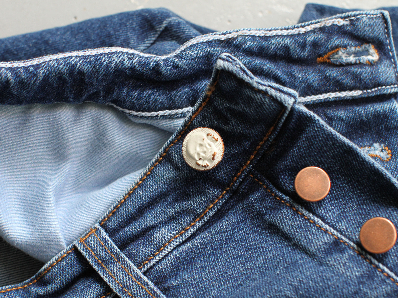 No 8 WASH. UNION JEANS.