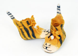 Profile felt tiger boots