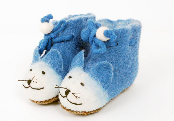 Handmade felt cat slippers
