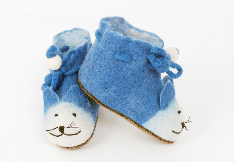 Profile felt cat slippers in blue