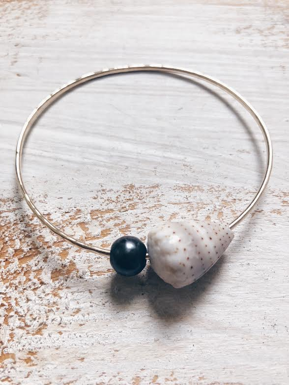 Ceylon Shell + Fresh Water Pearl Bangle *SOLD