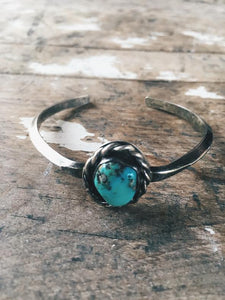 Vintage Knot Setting Turquoise Bangle *SOLD