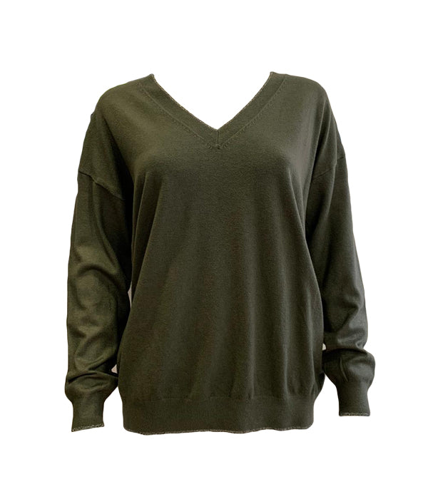 Load image into Gallery viewer, Silver Trim V Neck Jumper With Star -  Luna Boutiques