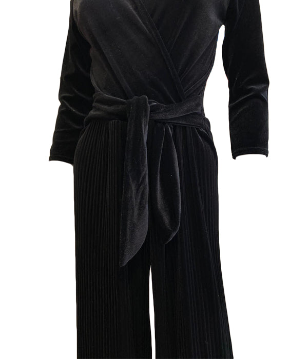 Load image into Gallery viewer, Velvet Pleated Jumpsuit -  Luna Boutiques
