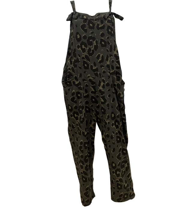 Load image into Gallery viewer, Animal Jumpsuit -  Luna Boutiques