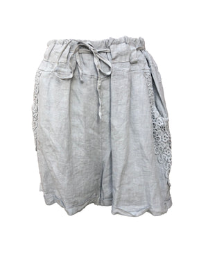 Load image into Gallery viewer, Linen Shorts -  Luna Boutiques