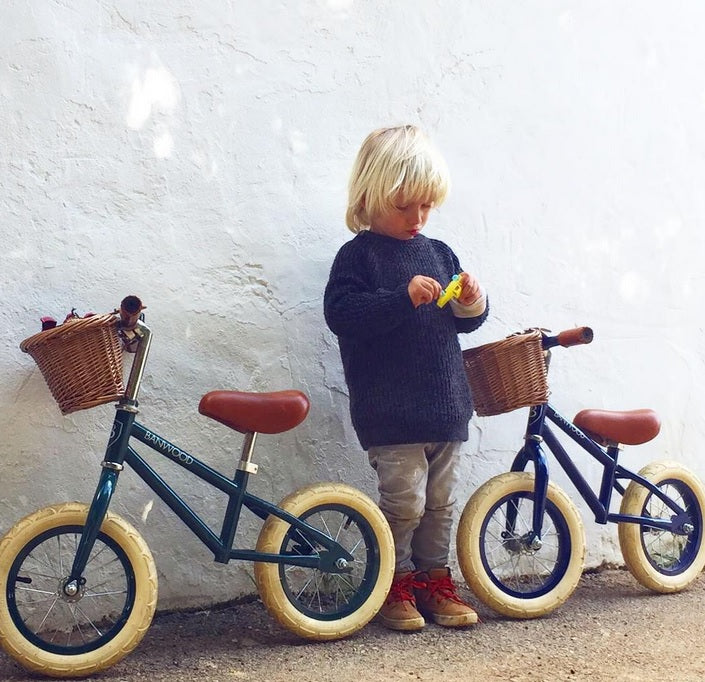 banwood balance bike. stylish balance bike. boys banwod bike