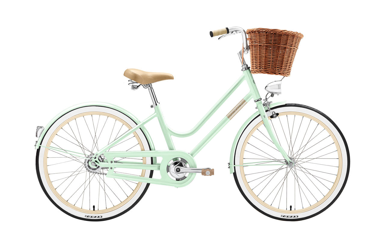 creme girls bike. stylish girls bike. mini molly creme. hipster girls bike. posh girls bike.